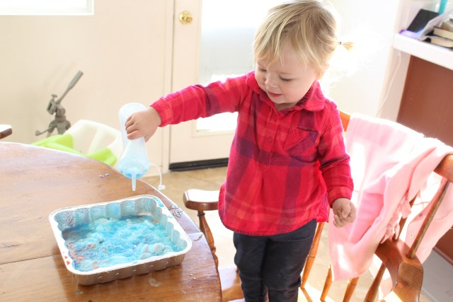 Make it Pink, Make it Blue! A Sleeping Beauty Themed Science Experiment - Sleeping Beauty Activity - Sleeping Beauty anniversary - Disney Family - Toddler Science Experiment - Rainy Day Activities - Rainy Day Toddler Activities