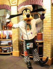 Goofy' Kitchen - Disneyland Resort Healthy Mouse