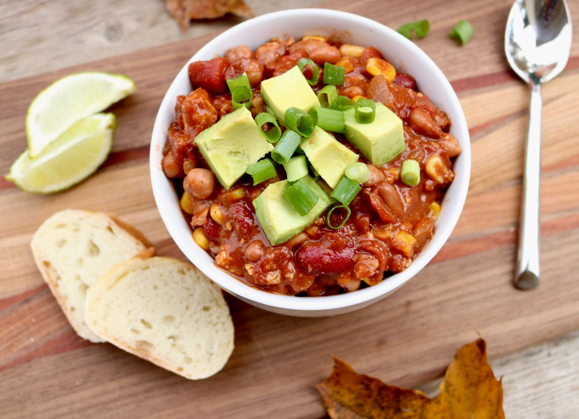 This secret ingredient chilli recipe is the best vegan chilli you will ever make. It is healthy, hearty and tastes absolutely delicious. It is super easy and also gluten-free.
