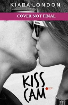 kiss cam - the heart of a book blogger
