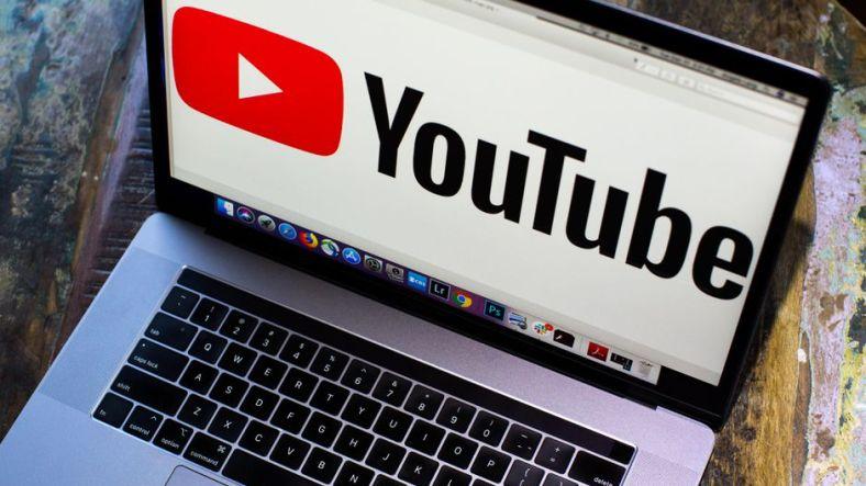 youtube logo laptop 4692