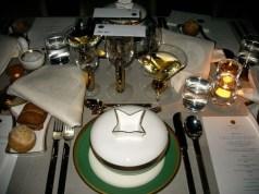 http://en.wikipedia.org/wiki/File:Nobel-banquet-table.jpg