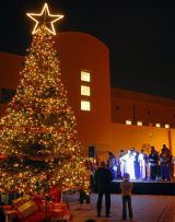 http://commons.wikimedia.org/wiki/File:US_Navy_071202-N-0413B-002_The_Naval_Support_Activity_Bahrain_Chapel_Choir_performs_at_the_Christmas_tree_lighting_celebration.jpg