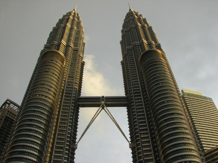 Petronas towers twin tower kl