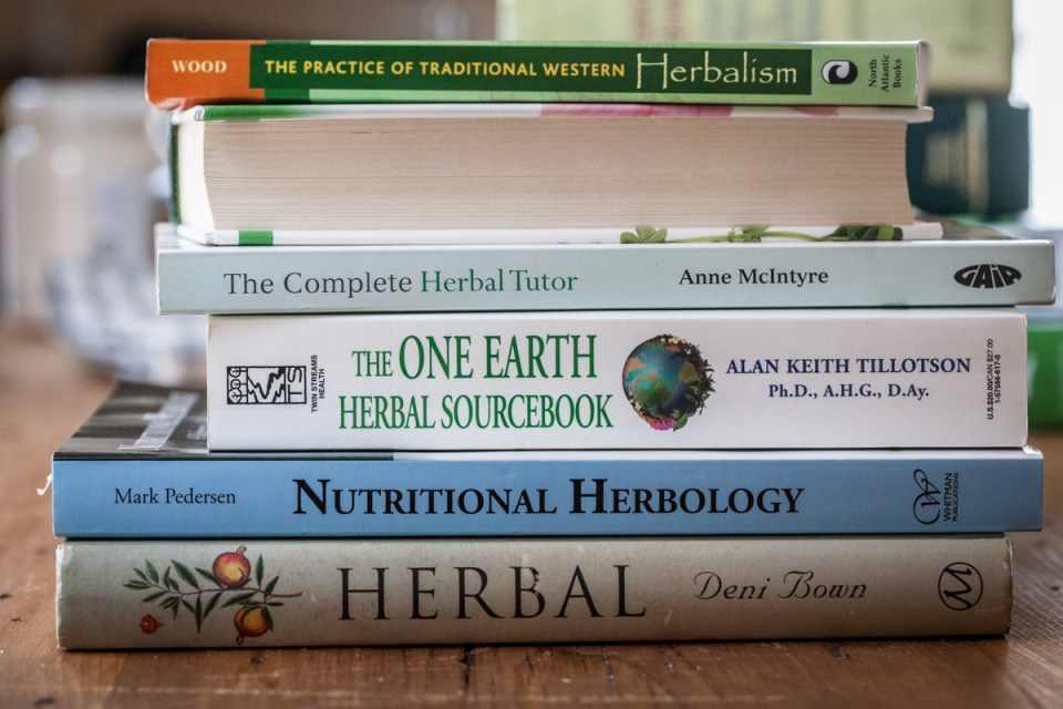 23 Free Herbal Resources To Help You Grow As An Herbalist | Herbal Academy | Enjoy these free herbal resources such as books, ebooks, magazines, and research aids as you continue to grow as an herbalist.