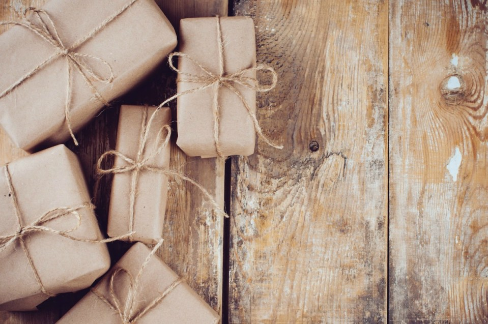 23 Gifts For the Aspiring Herbalist | Herbal Academy | Are you scrambling to find the perfect gift for all of your loved ones? We're here to help! Here's a list of 23 gifts for the aspiring herbalist.