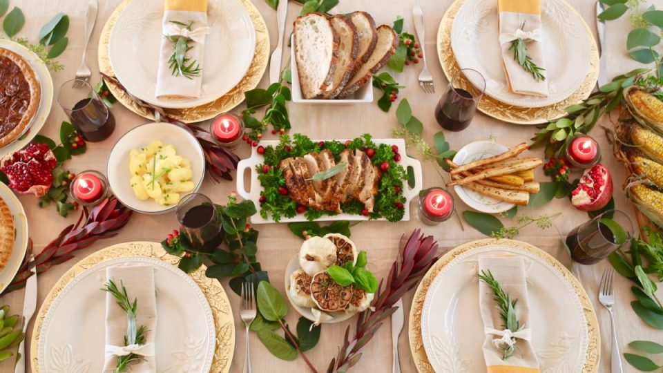 12 Herbal Thanksgiving Dinner Recipes For This Year's Celebrations | Herbal Academy | Are you looking for ways to spice up your Thanksgiving dinner this year? We have 12 Thanksgiving dinner recipes for you that incorporate 17 different herbs!
