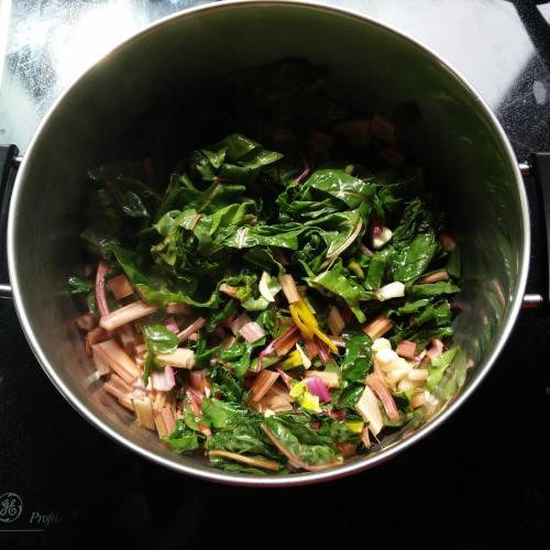 vegan swiss chard recipes vegetarian pesto with swiss chard pasta sauce ideas with swiss chard for dinner sauce with swiss chard pasta recipes