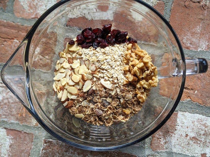 Apple banana overnight oats bircher muesli dairy free vegan gluten free oats switzerland traditional swiss recipes