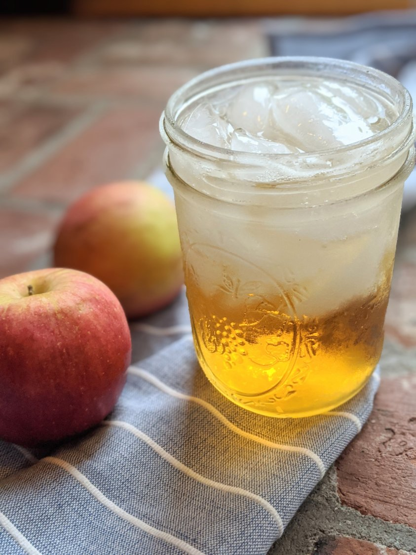 apple pie moonshine cocktail recipes cocktails with apple moonshine