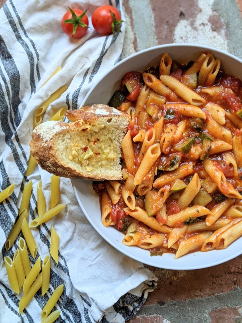 best italian pasta intant pot vegan gluten free vegetarian meatless dinner ideas penne pasta recipes pressure cooker garlic tomatoes onion kale zucchini herbs spices fresh produce