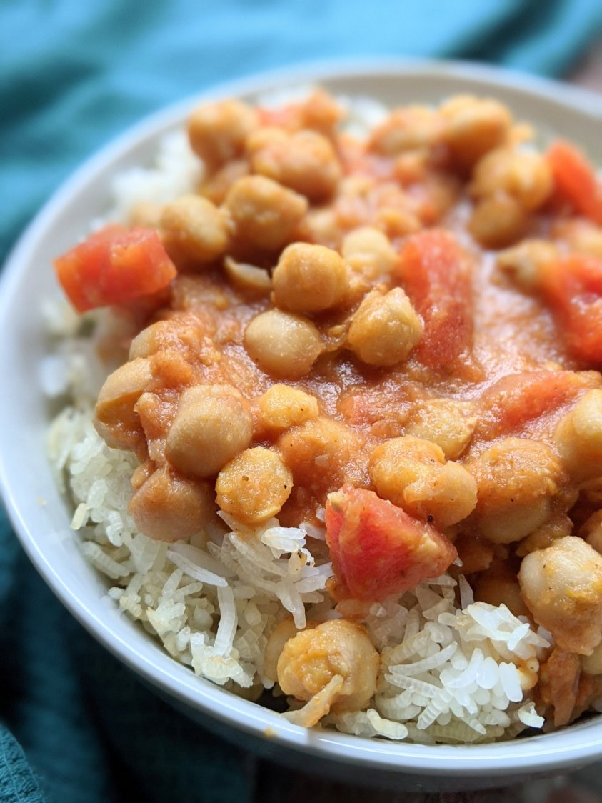 healthy recipes with canned chickpeas vegan vegetarian gluten free dairy free indian chickpea curry chana masala tikka masala spices garam healthy