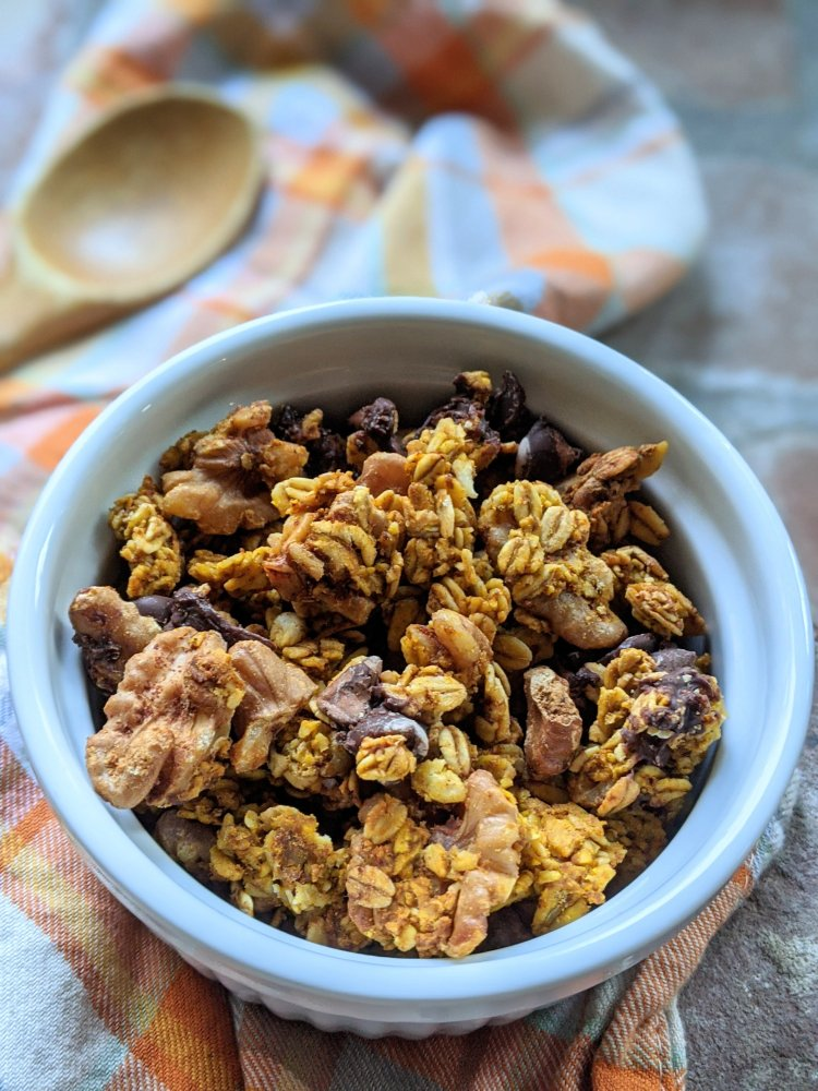 pumpkin spice granola latte healthy easy breakfast recipe