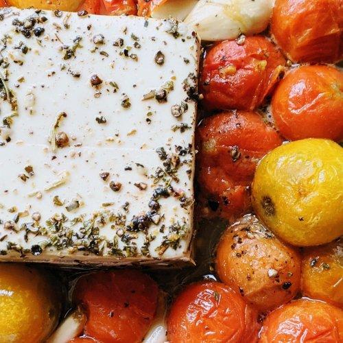 vegan tiktok baked pasta recipe feta cheese tofu marinated healthy low sodium gluten free tik tok paste version veganuary healthy plant based
