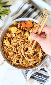 peanut curry noodles vegan recipe gluten free peanut butter noodles spicy peanut noodles roasted peanut curry pasta recipe