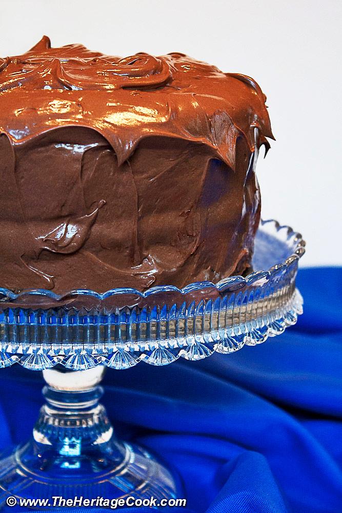 Whole cake on crystal cake stand; 2019 Jane Bonacci, The Heritage Cook