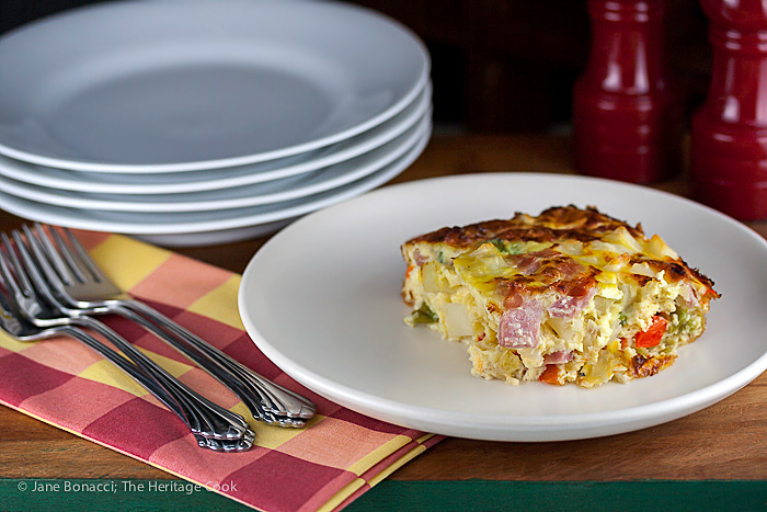 Casseroles are the best for parties, especially for showers and brunches. This Ham & Hash Brown casserole is perfect!!