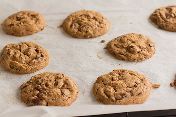 Hot cookies from the oven; Gluten-Free Brown Butter Chocolate Chip Cookies from The Tomato Tart; © Sabrina Modelle, The Tomato Tart