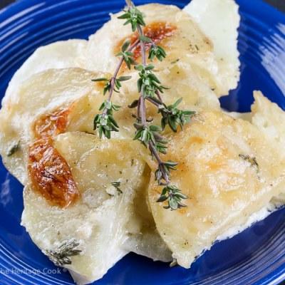 Holiday Creamy Cheesy Potatoes