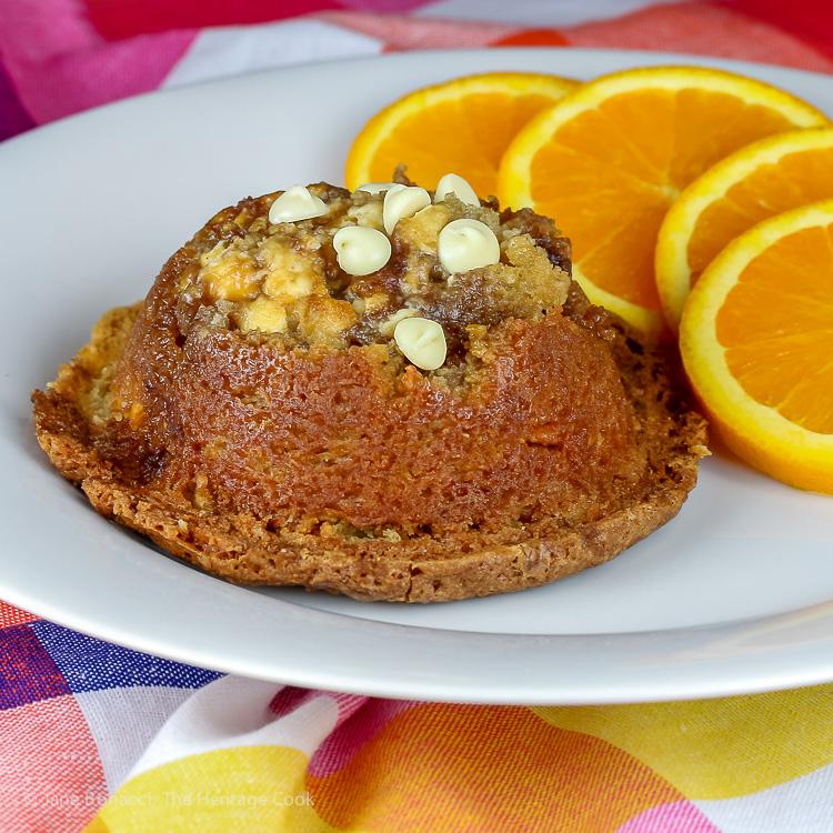 close up Coffee Cake Muffins © 2019 Jane Bonacci, The Heritage Cook