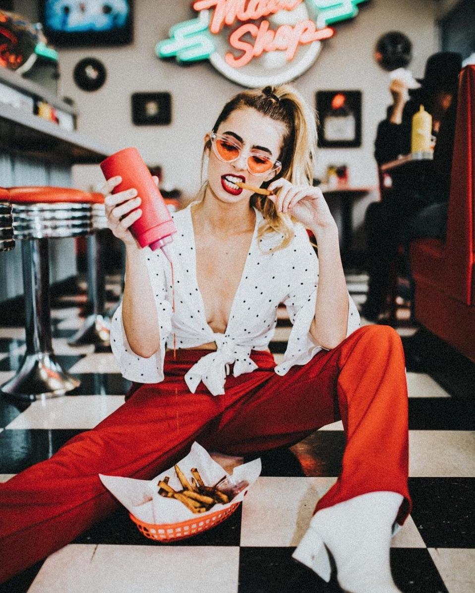 Photoshoot Ideas To Make You Instagram Famous