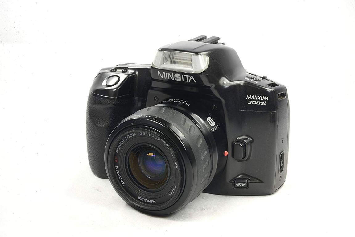 Minolta Maxxum 300si 35mm SLR Film Camera Body – Bundle – with Konica Minolta AF 35-80 F4-5.6 II Zoom Lens
