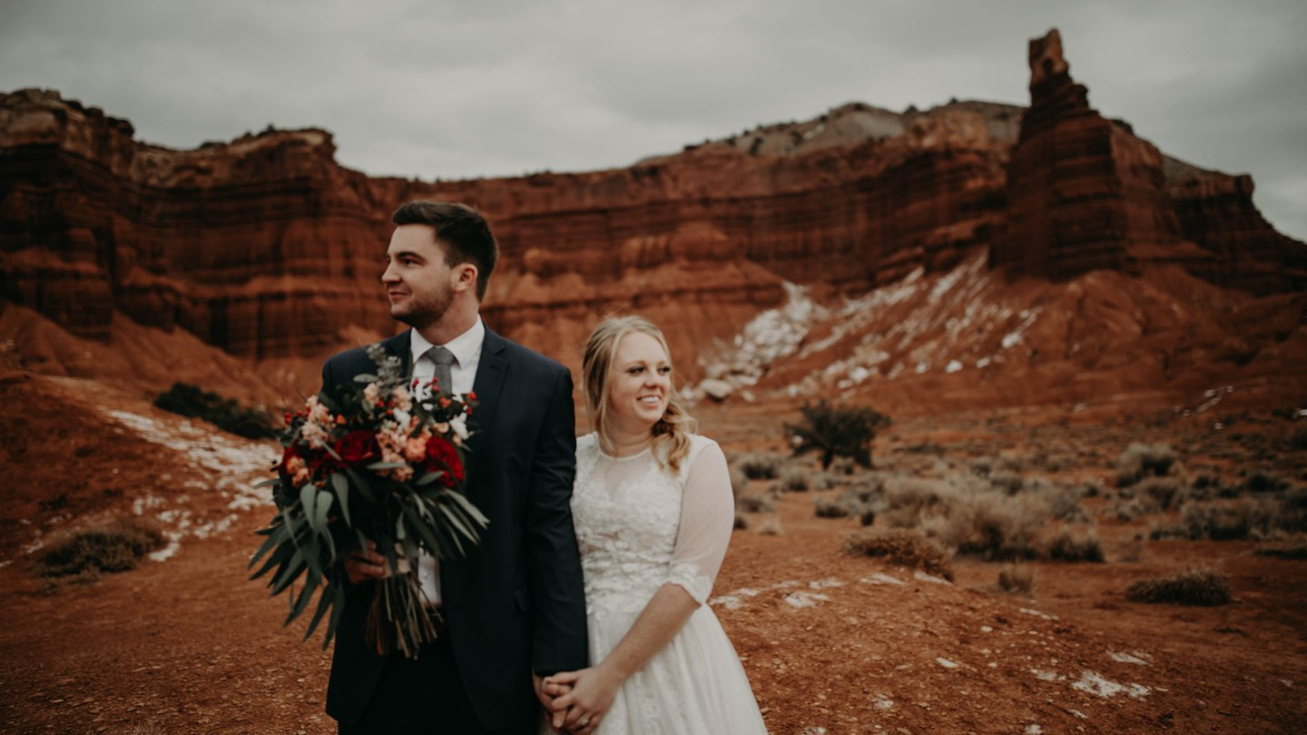 12 Arizona Wedding Photographers For Your Big Day