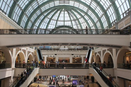 Mall of the Emirates, Gold Souk and Dubai Festival City Mall – A Little Bit Of It