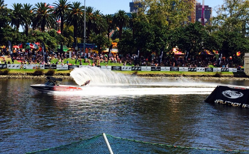 Still Expression : Yarra River – Water Skiing