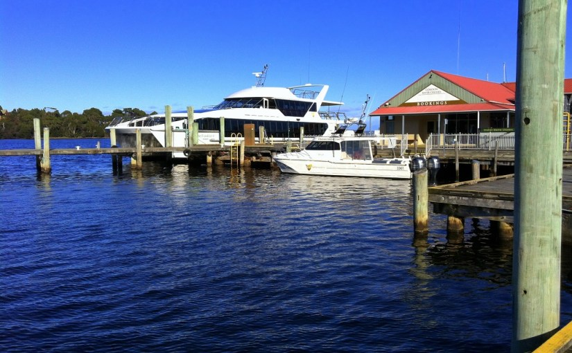 Transportation : Strahan – Cruising Boats
