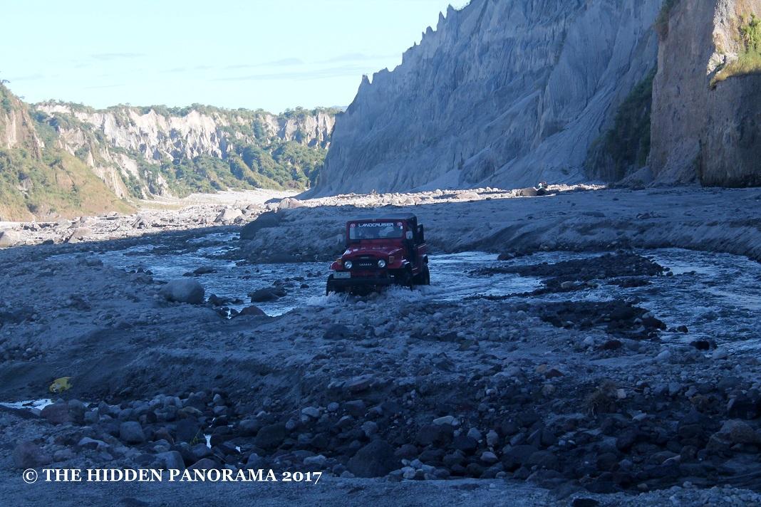 Transportation : Zambales - 4X4 Owner Type Jeep