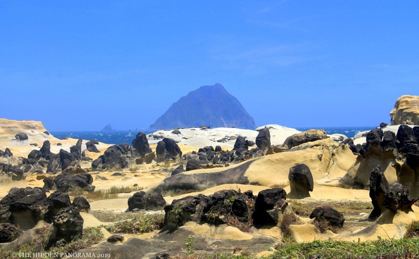 Natural Wonders : Heping Island Rock Formations