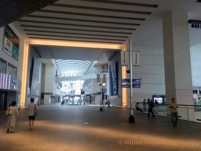 A Transient Walk In Queen's Square Yokohama And Discovering of Mok Mok Wak Wak Yokohama Yo Yo