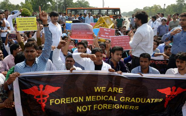 Foreign Medical Graduates Oppose Screening Exam In Delhi