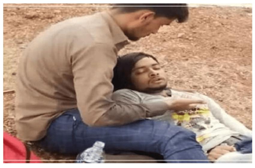 मुसलमान दोस्त याकूब ने अपने हिंदू दोस्त अमृत