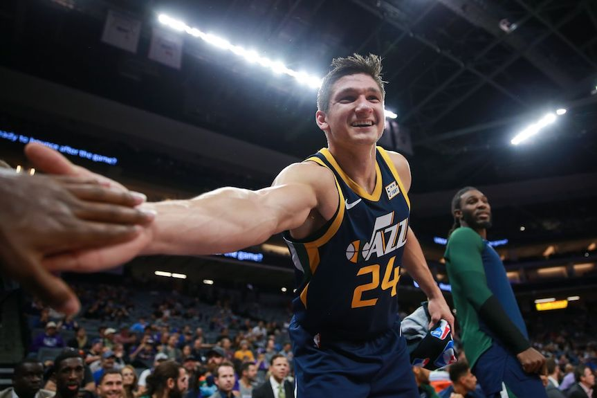 Grayson excels despite shooting woes in debut