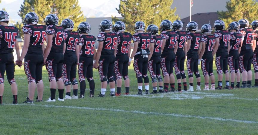 3A Matchup of the Week: Grantsville turns up the heat after halftime, beats San Juan 39-14