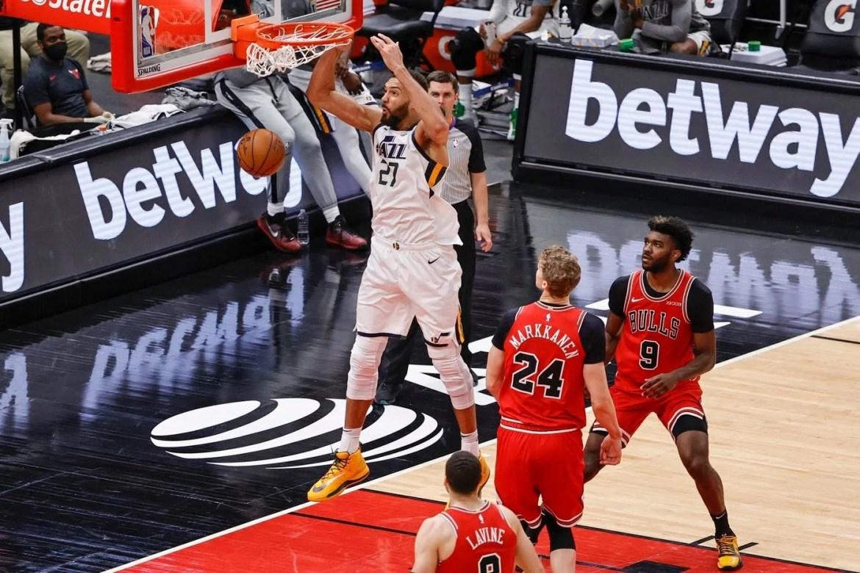 Game Recap: Rudy Gobert almost gets triple-double in win over Chicago Bulls