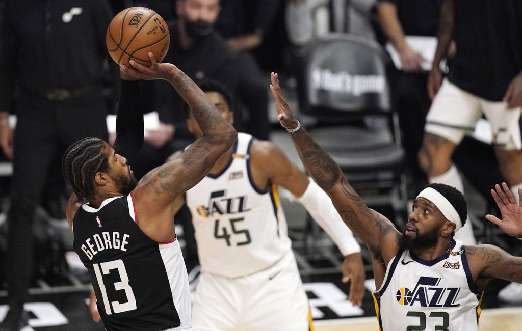 Playoff Push: Clippers bother the Utah Jazz and protect home court