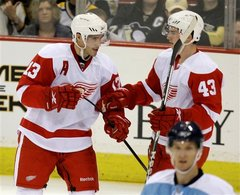Detroit Red Wings Forwards Pavel Datsyuk and Darren Helm