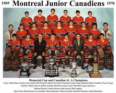 Pictured together with Memorial Cup