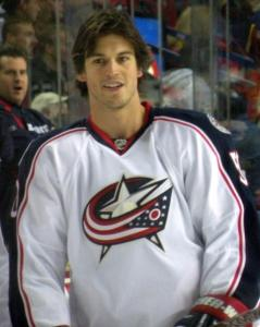 Before joining the Phoenix Coyotes, Antoine Vermette played in both Ottawa and Columbus.