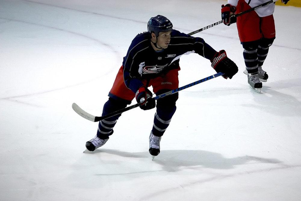 Ottawa Senators, Mark Borowiecki agree to two-year extension