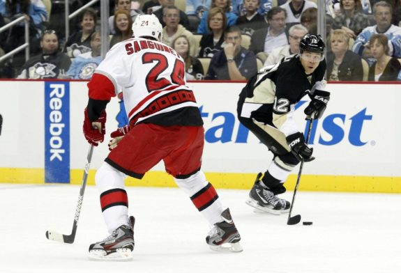 What line do you think Jarome Iginla should on? (Charles LeClaire-USA TODAY Sports)