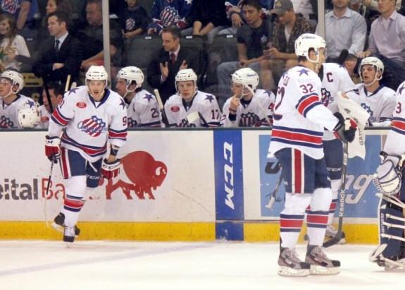 Rochester Americans bench (Ross Bonander / THW)
