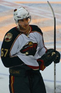 Benoit Pouliot with the Minnesota Wild in 2008 (French Kheldar/Flickr)