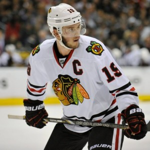 Jonathan Toews is probably the closest comparison to Anze Kopitar in the NHL (Gary A. Vasquez-USA TODAY Sports).