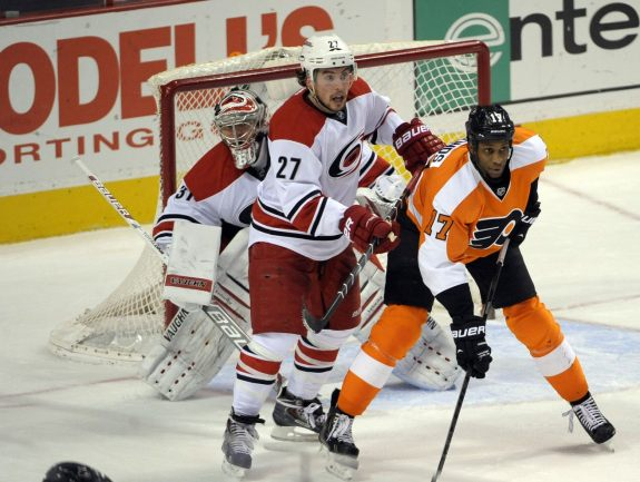 After leaving Wayne Simmonds scoreless on the power play last season, can the Canes storm the Flyers again next season?