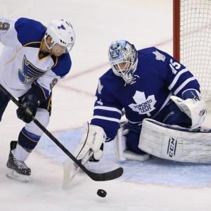 Jaden Schwartz attacking the net