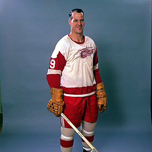 Gordie Howe os showing no signs of slowing down.